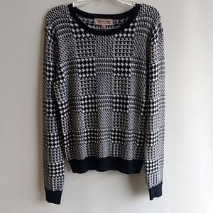 Philosophy sweater/long sleeve shirt